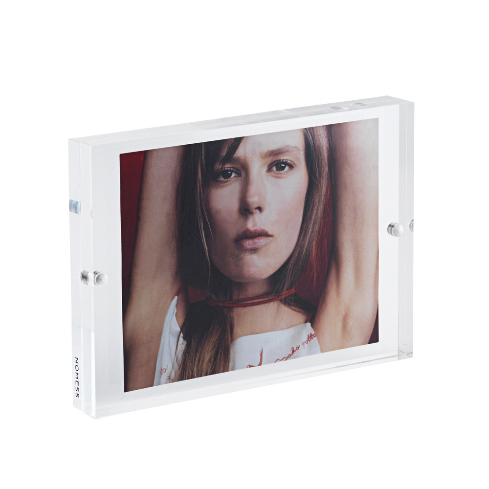 PHOTO FRAME W. MAGNETS MEDIUM